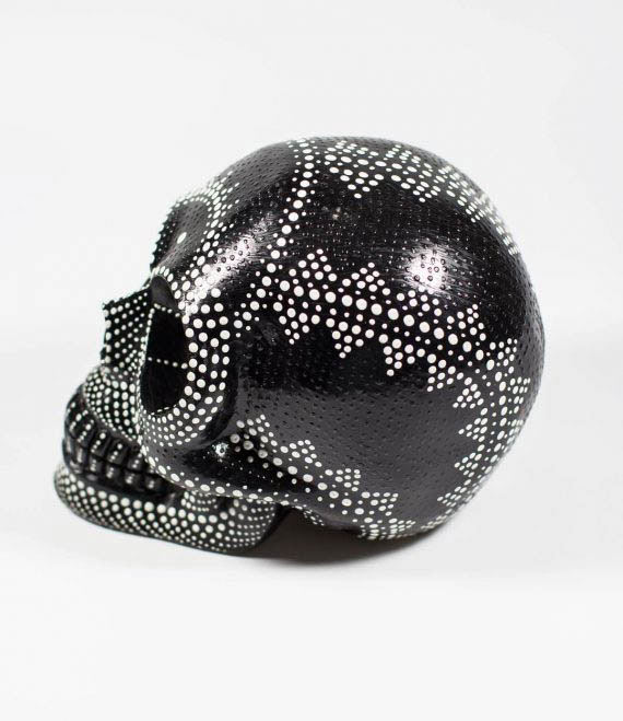 painted_skull_bw_2