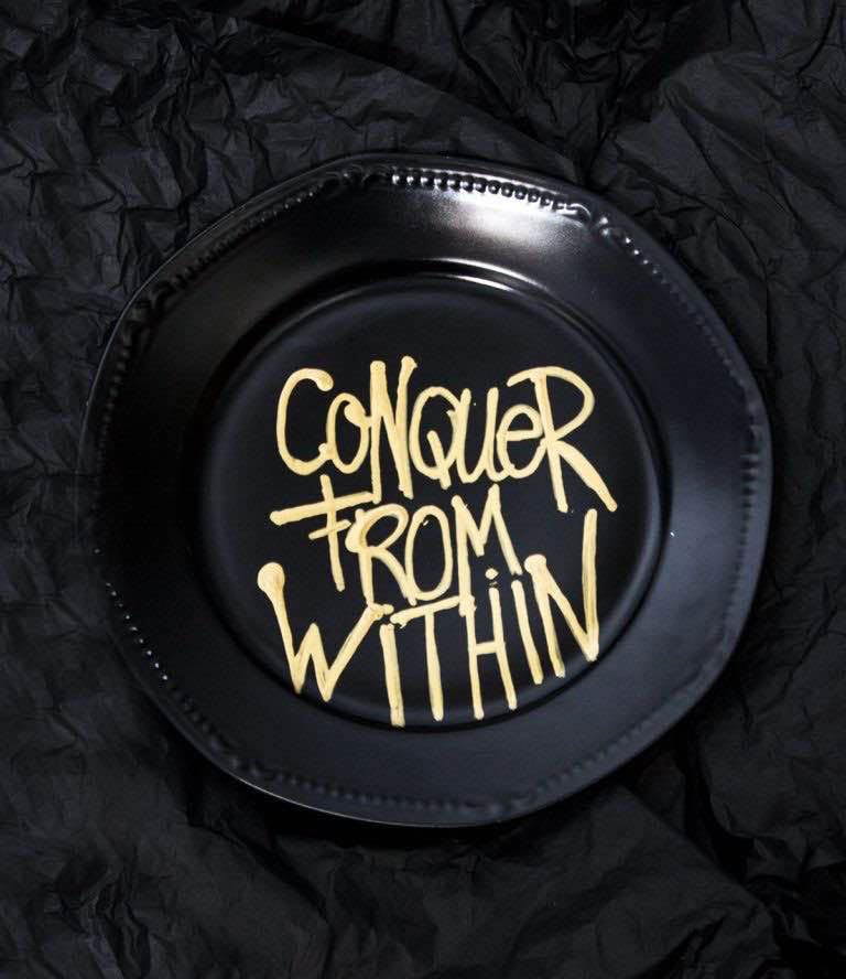 Conquer Plate House of Fiv5