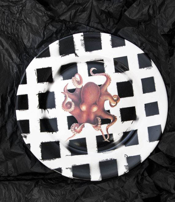 Octopussy Plate House of Fiv5