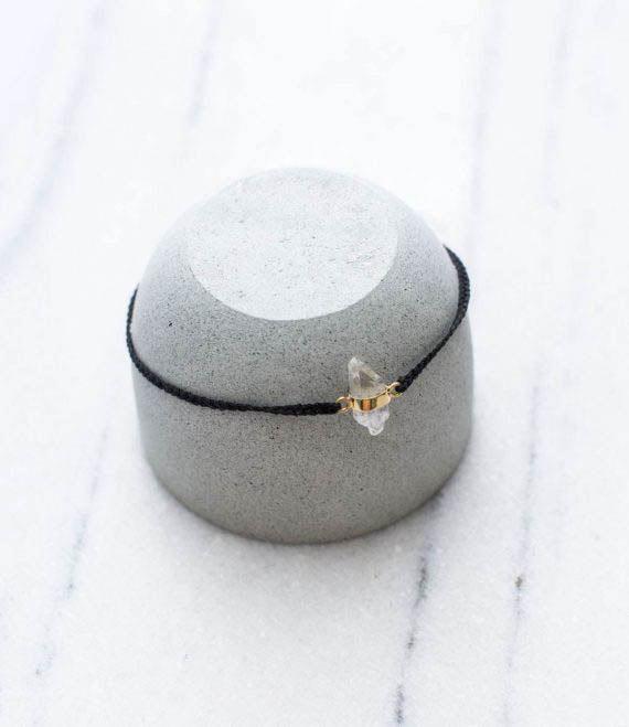 String Bracelet Quartz Gold