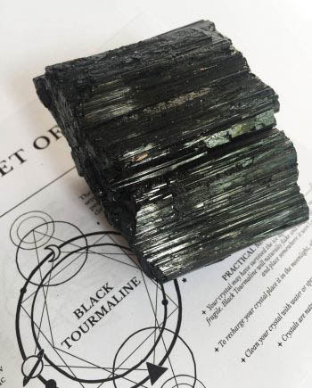 Black Tourmaline Protection Stones