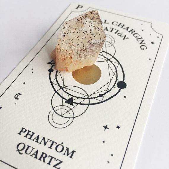 House of Formlab Phantom Quartz with Hematite 01
