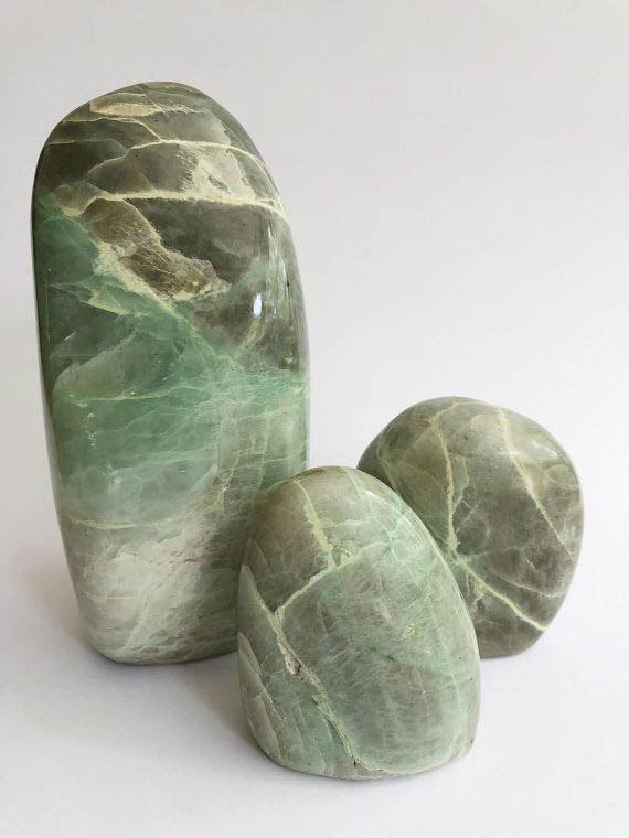 House of Formlab Garnierite Green Moonstone 01