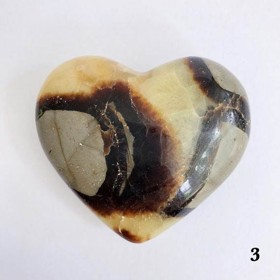 House of Formlab Septarian Dragon Stone Heart 05