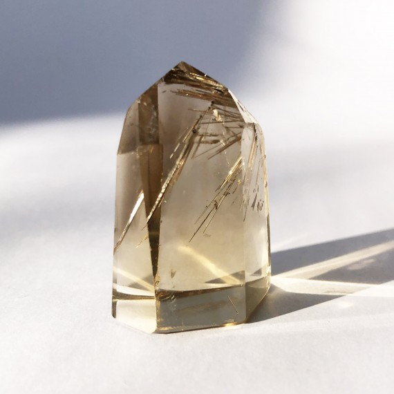 House_Of_Formlab_Natural Citrine Point with Rutilation_02