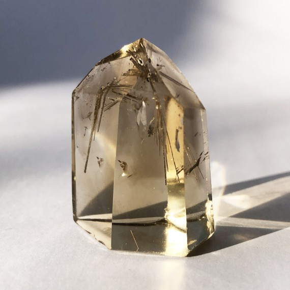 House_Of_Formlab_Natural Citrine Point with Rutilation_04