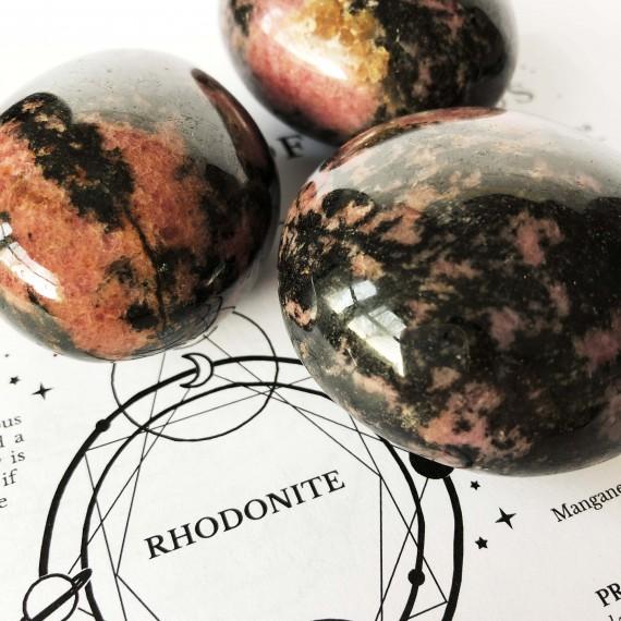 House_Of_Formlab_Rhodonite Meditation Stones_02