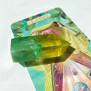 House of Formlab Golden Apple Aura Crystal