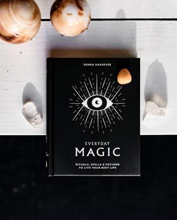Everyday Magic // Rituals, Spells & Potions