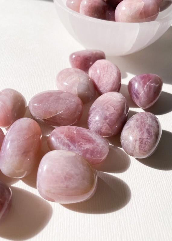 House-of-Formlab-Pink-Amethyst-Pocket-Stones-001
